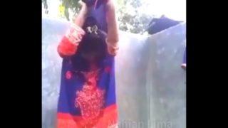 बांग्लादेशी लड़की का नंगा बाथरूम वीडियो