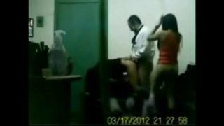बॉस ने ऑफिस की 2 लड़कियों को चोदा