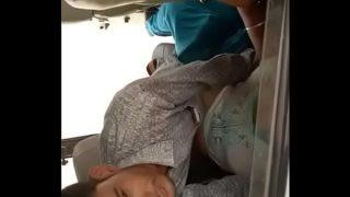 इंडियन लड़की को बॉयफ्रेंड ने इको में चोदा