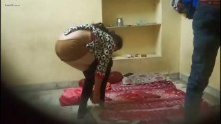 राजस्थानी आंटी और लवर का सेक्स वीडियो