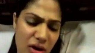 देसी गर्लफ्रेंड की हिंदी ऑडियो वाली सेक्स मूवी